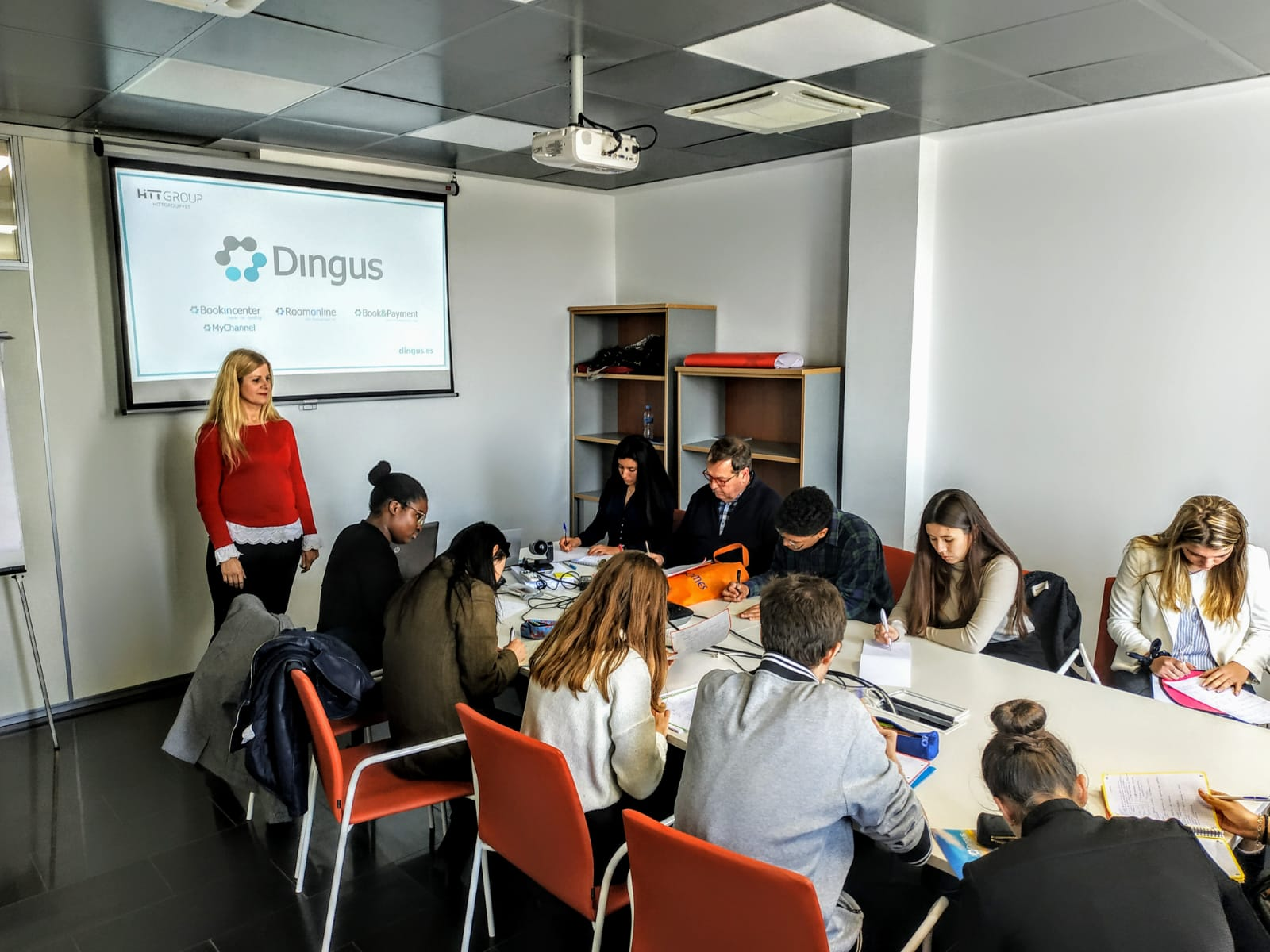 Practical session in Dingus for students of the Balearic University