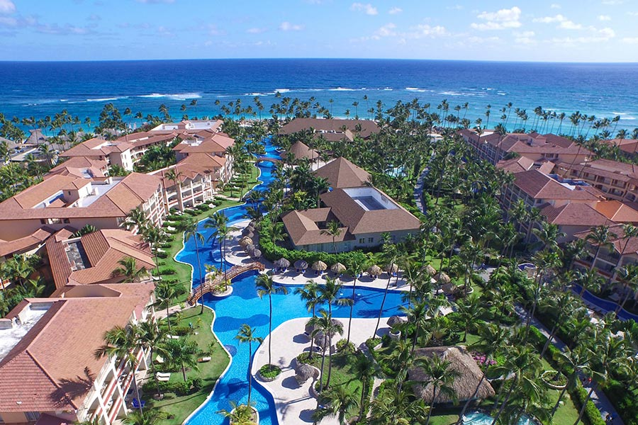 Cuatro hoteles Majestic Resorts en Caribe apuestan por Bookincenter de Dingus