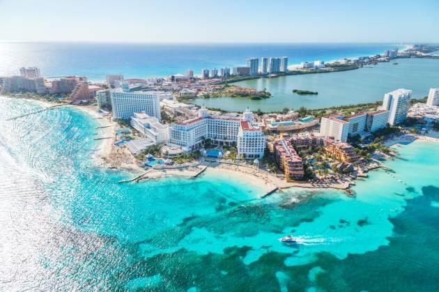 Caribe reabre mientras Europa se encierra