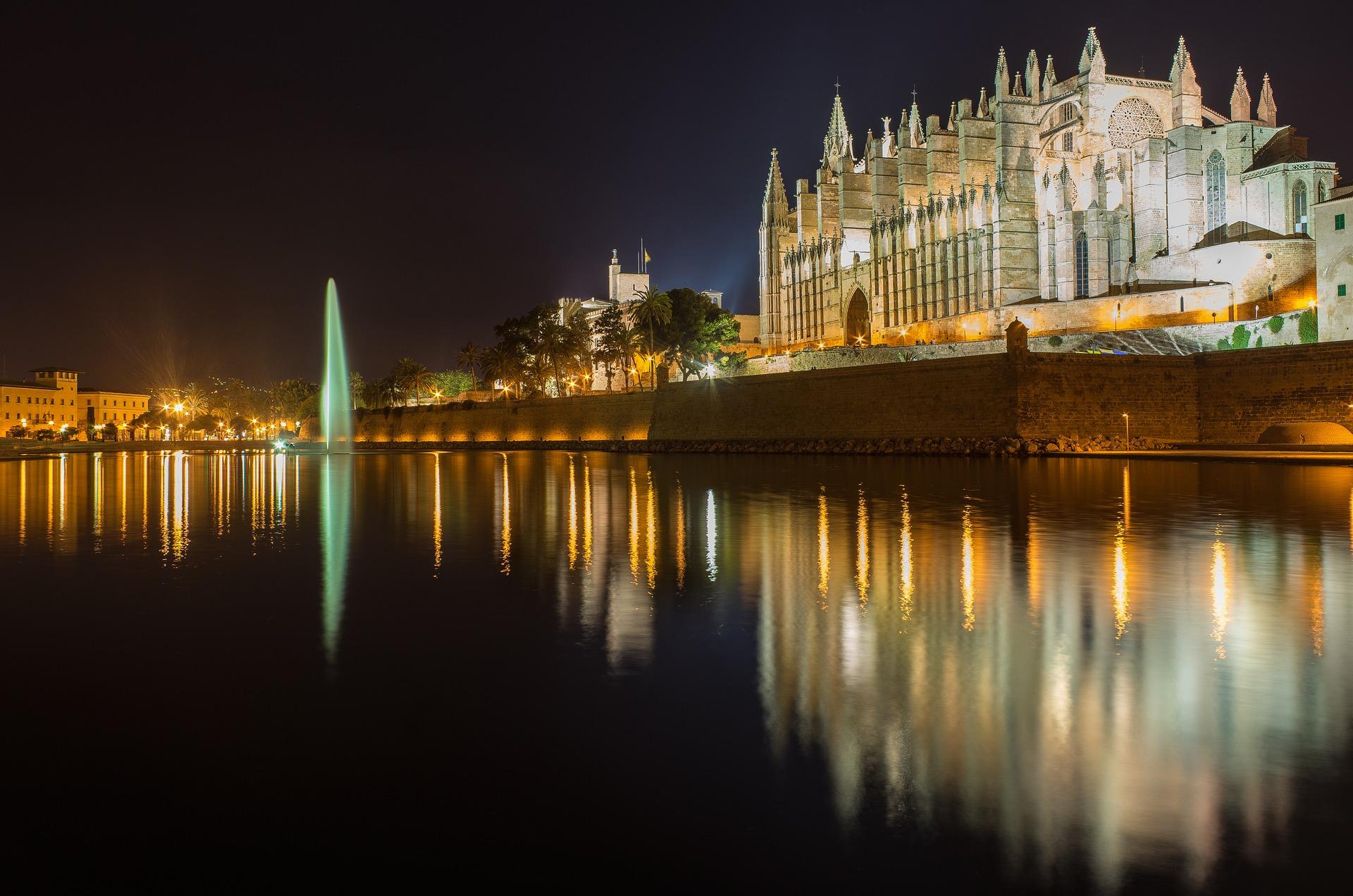 Mallorca repitió como favorita en las búsquedas hoteleras de abril en España y Punta Cana en las de Caribe